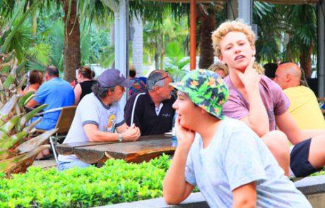 Wooli Hotel Beer garden